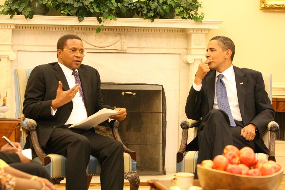 Rais Jakaya Mrisho kikwete alipokutana na Rais wa Marekani Barack Obama  DC  21may,2009